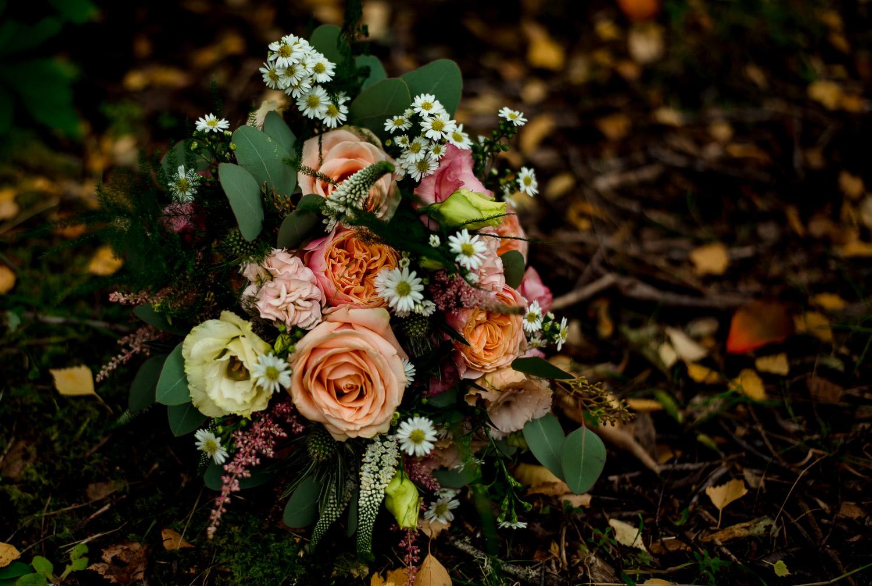 summer bouquet for elopement