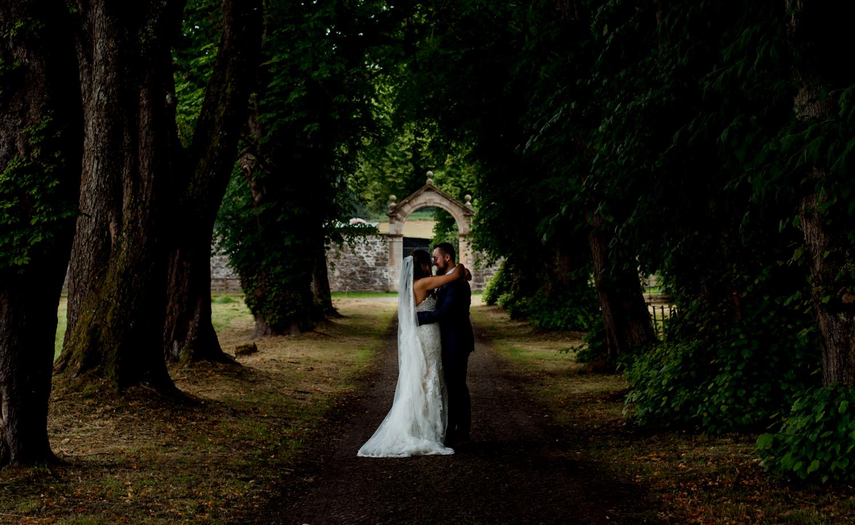 australian couple elope to scotland